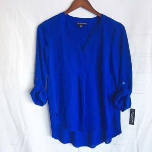NWT Zac & Rachel royal blue blouse Lp pleated